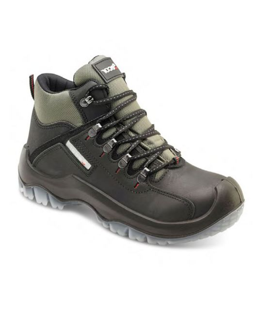 Traxion Boot